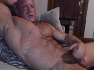 Bald Bodybuilder Quick Hard Orgasm