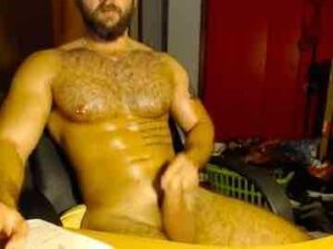 Hairy Jock JO Session In Untidy Room