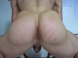 Hot Buff Guy Poses With His Big Butt On The Floor