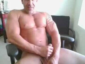 Mature Bodybuilder Gay Webcam